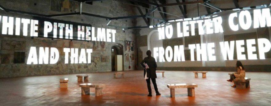 Jenny Holzer y sus exposiciones en Europa