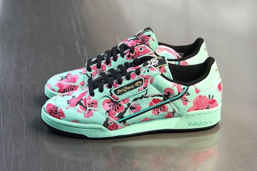 Adidas lanza su modelo Arizona