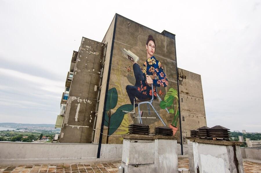 Artez presentó su nuevo mural en Serbia