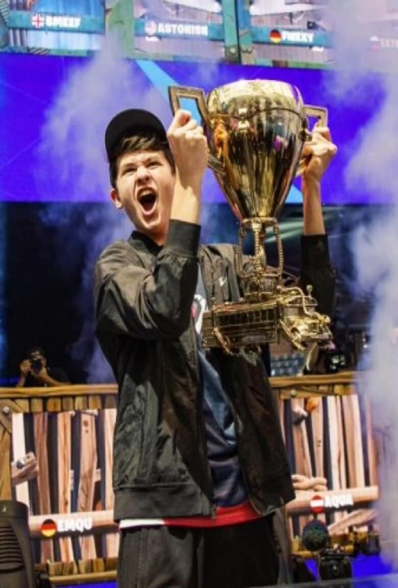 Fortnite dio 3 millones de dólares a ganador de 16 años
