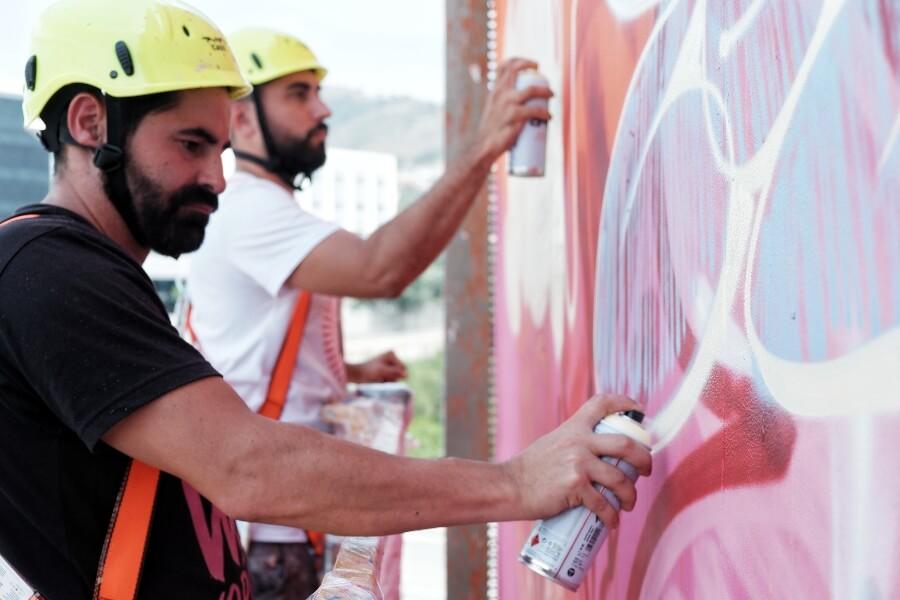 PichiAvo finalizó su mural en Barcelona