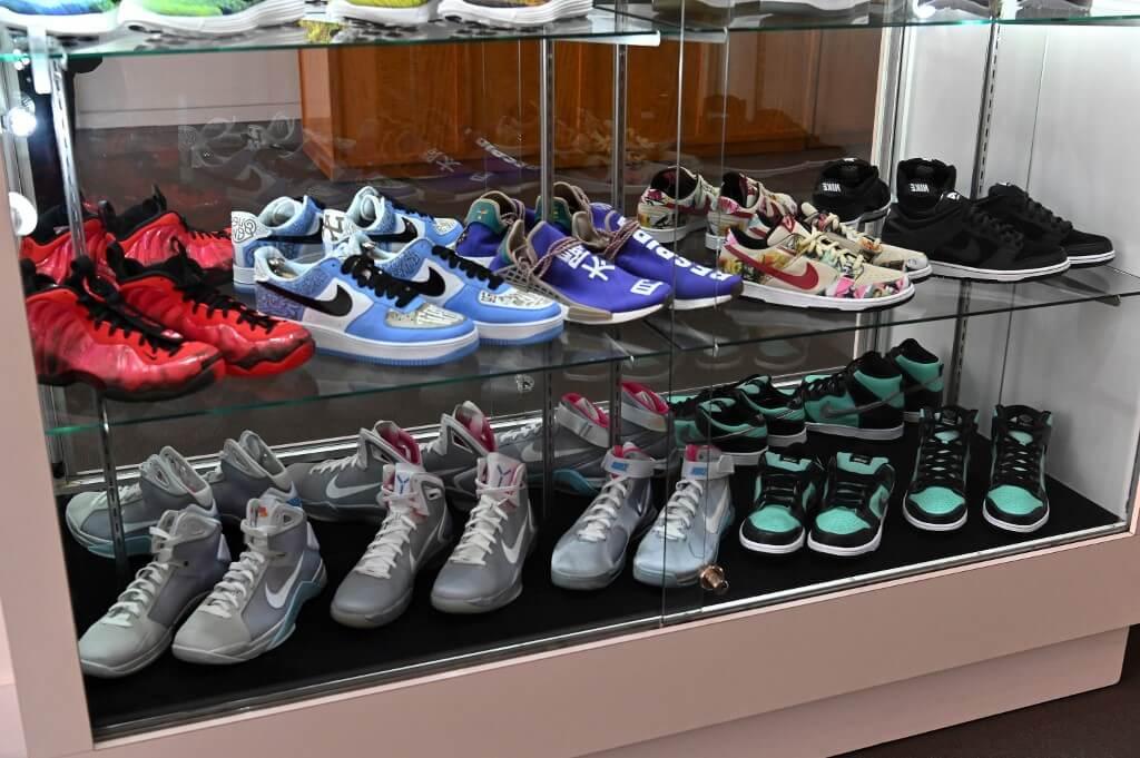 colección en subasta de sneakers