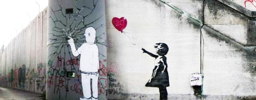 Blu y Banksy inauguran exposición en el Coliseo