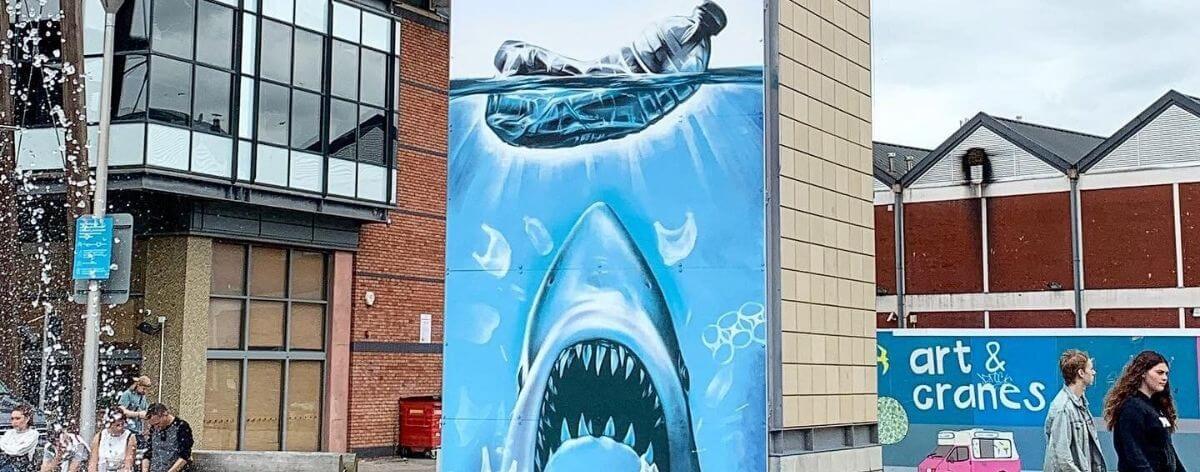 Jody Thomas hace un rediseño al póster de Jaws