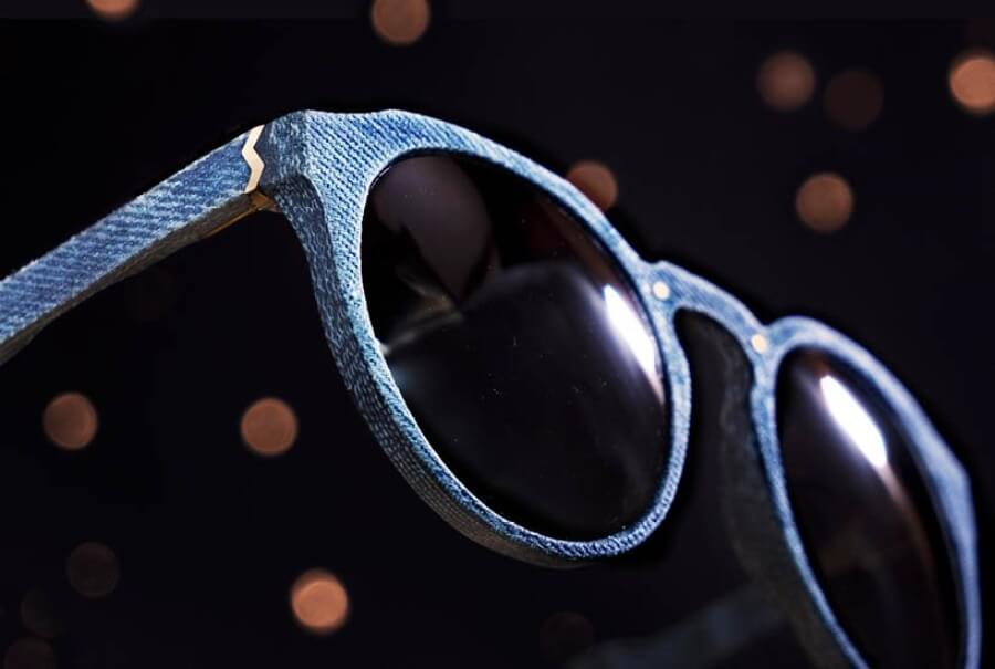 Mosevic Upcycles presentó gafas de mezclilla