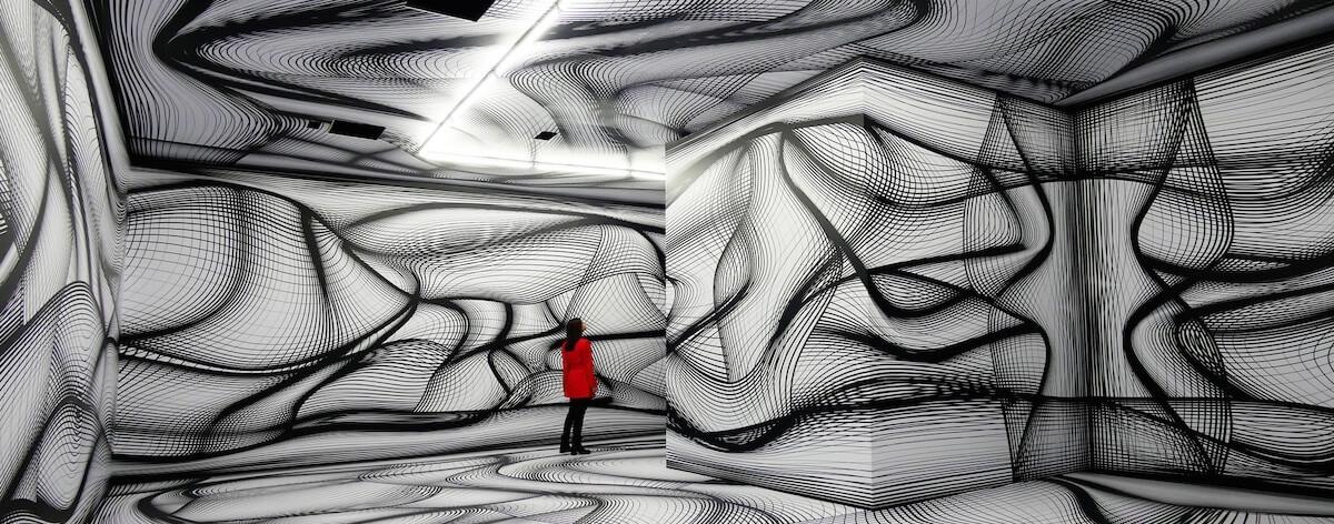 Peter Kogler y sus fascinantes ilusiones ópticas