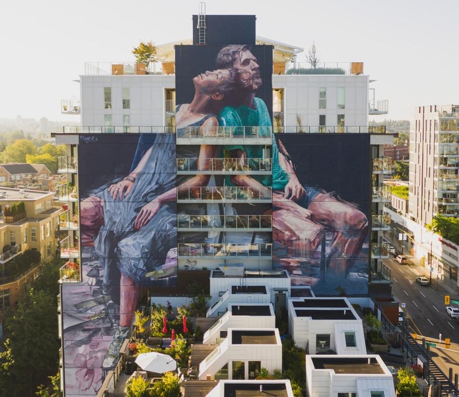 Fintan Magee y sus murales de instantes imaginativos