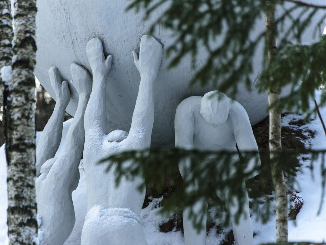escultura de Ilya Kabakov en Kistefos Museet