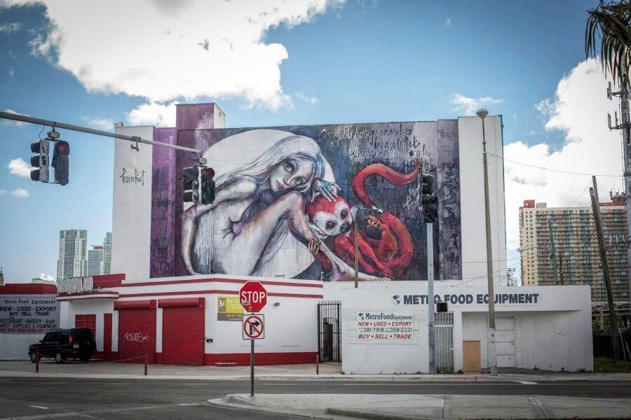 Mural de Herakut hecho en Miami