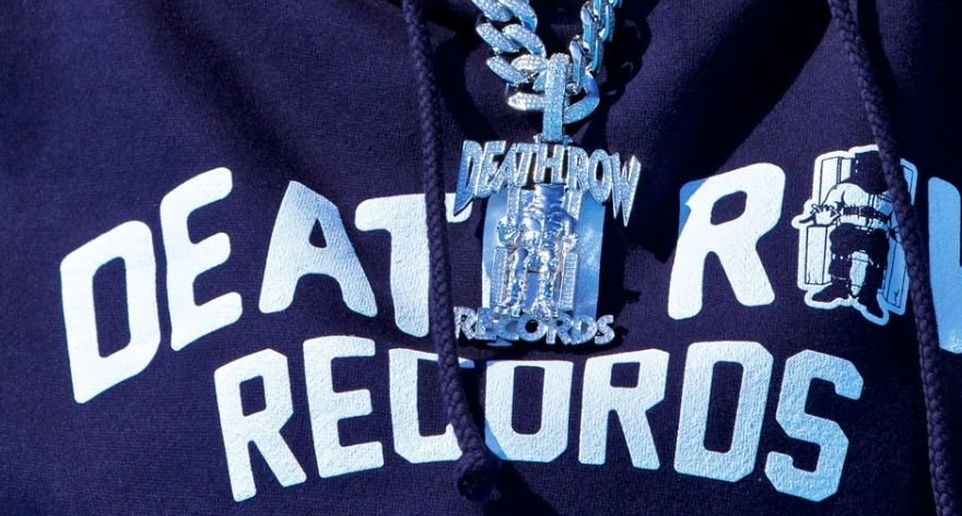 King Ice lanza collares junto a Death Row Records
