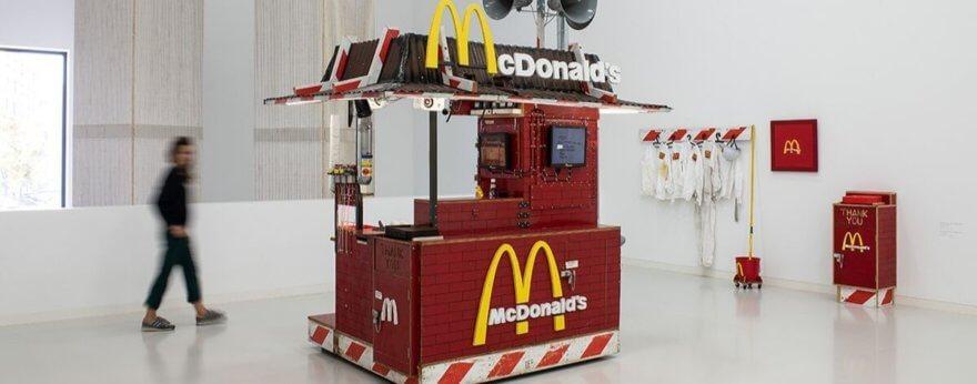 Exposición de Tom Sachs, gran retrospectiva en Alemania
