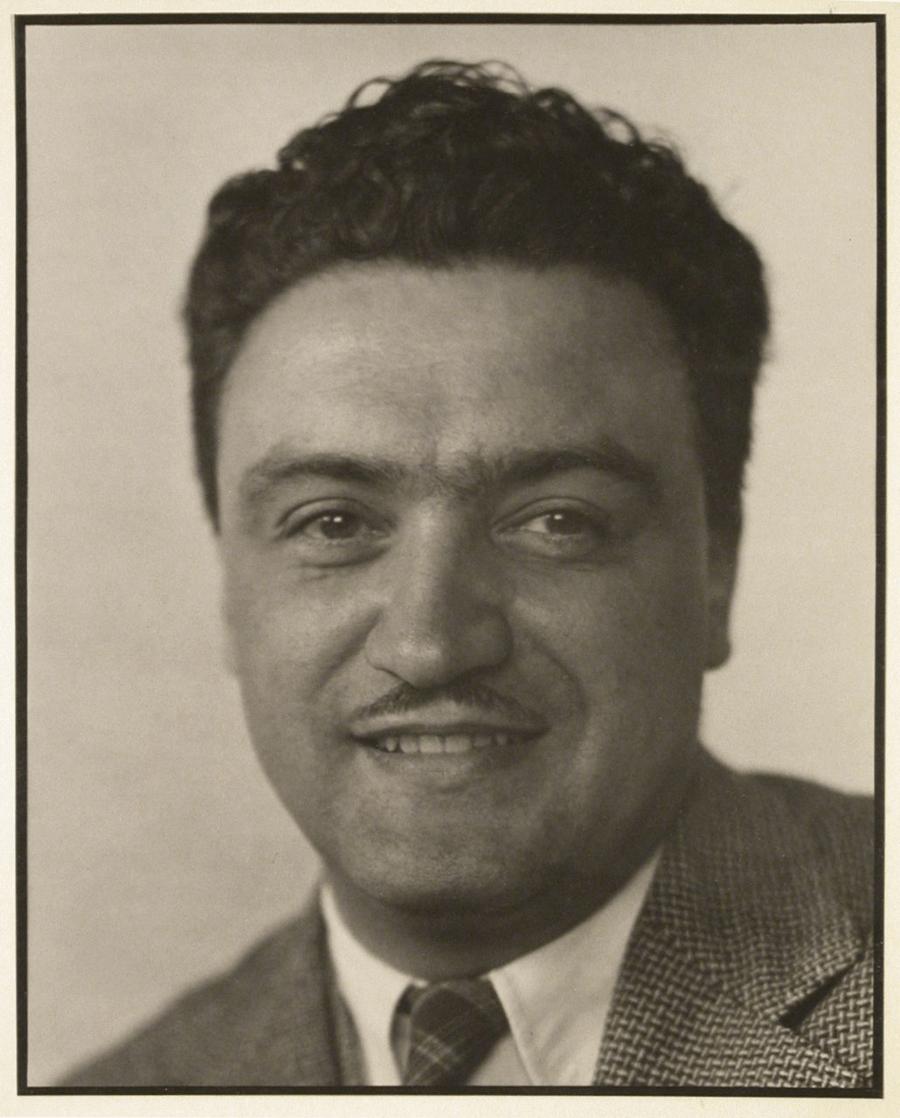 José Villagrán García