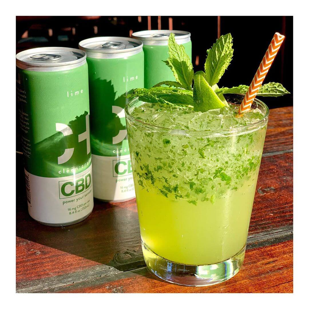 coctel con bebidas de CBD