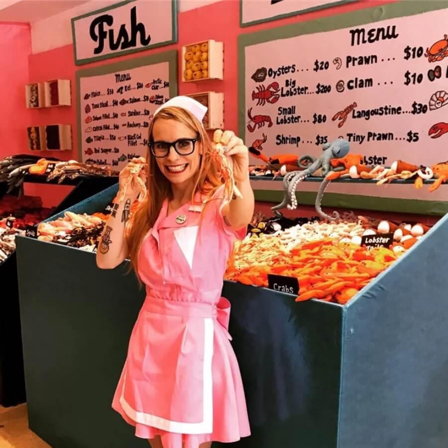 Sexta tienda con productos delicatessen