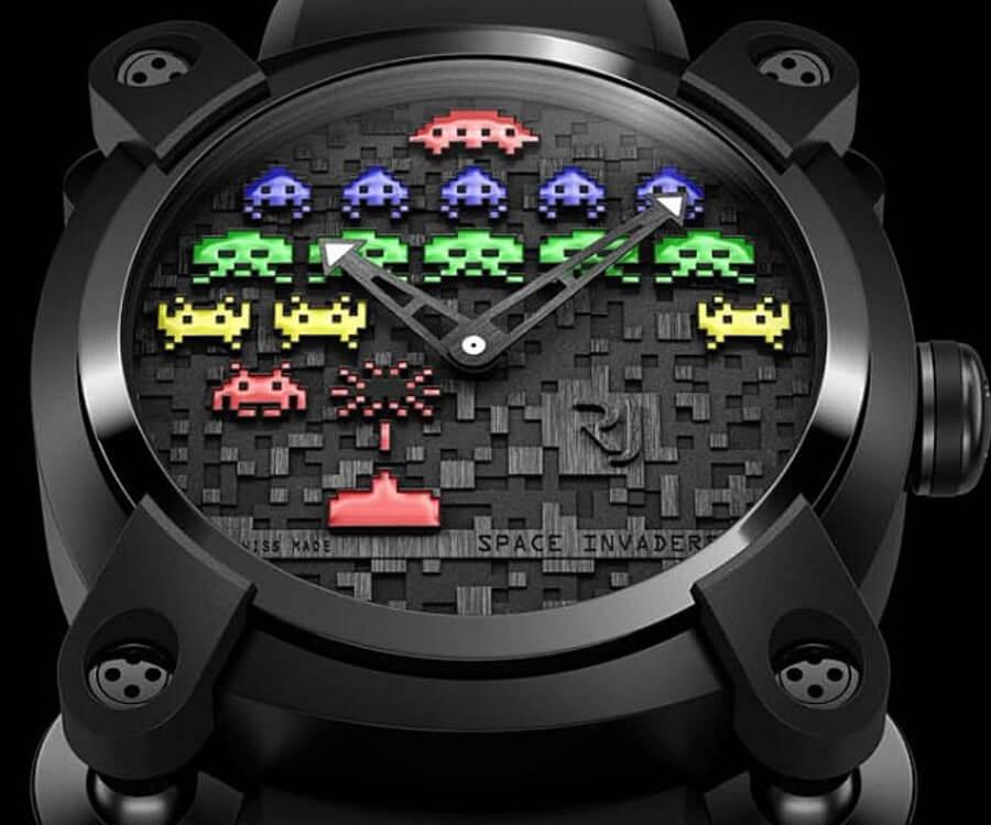 Space Invader lanzó reloj