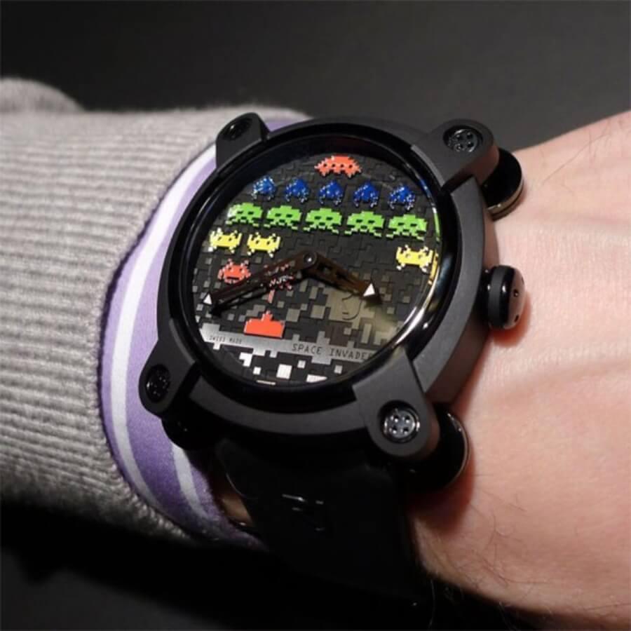 Reloj del artista francés