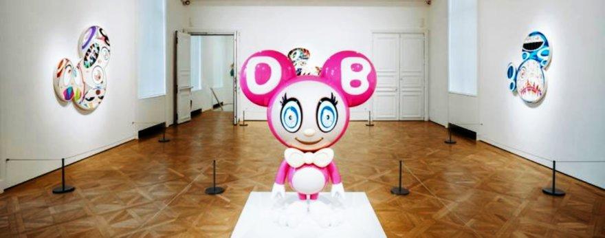 Takashi Murakami inauguró su exposición BAKA
