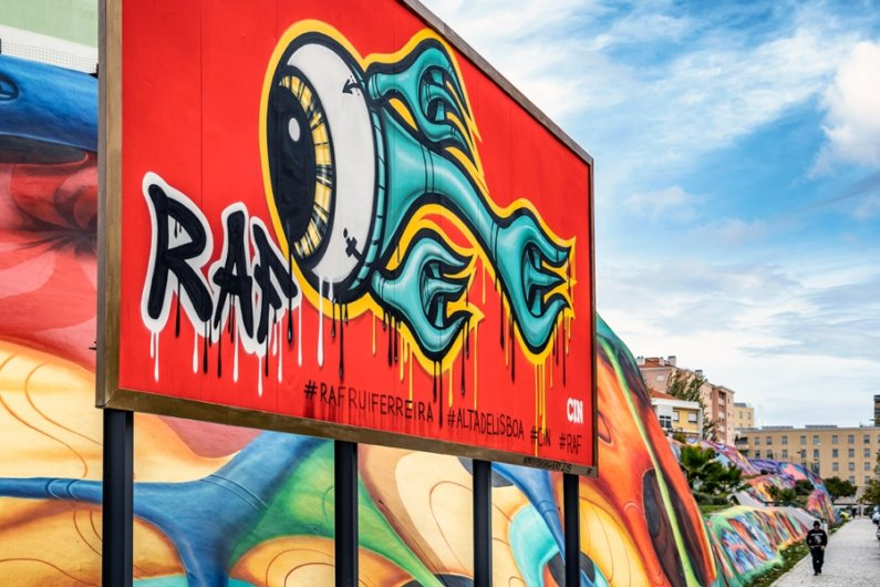 Mural de RAF en Lisboa