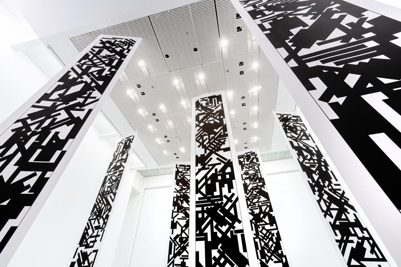 instalación de Tania Mouraud