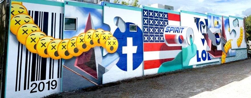 Low Bros presentan nuevo mural futurista
