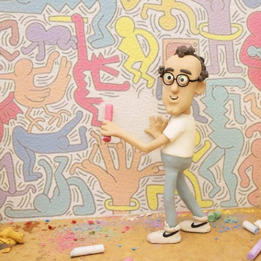 las divertidas figuras del artista