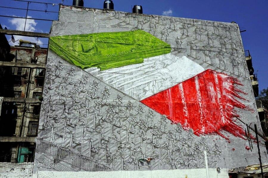 street art contra la globalización y capitalismo