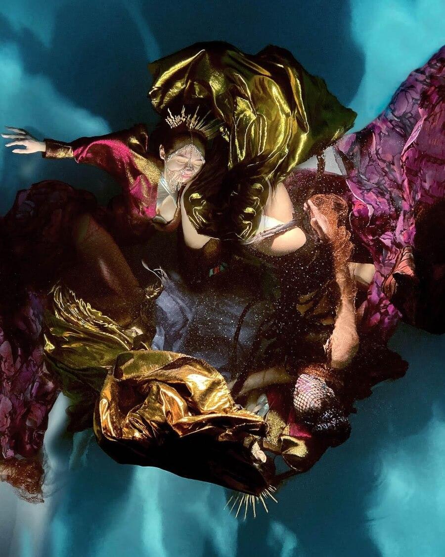 Christy Lee Rogers y sus fotografías bajo el agua