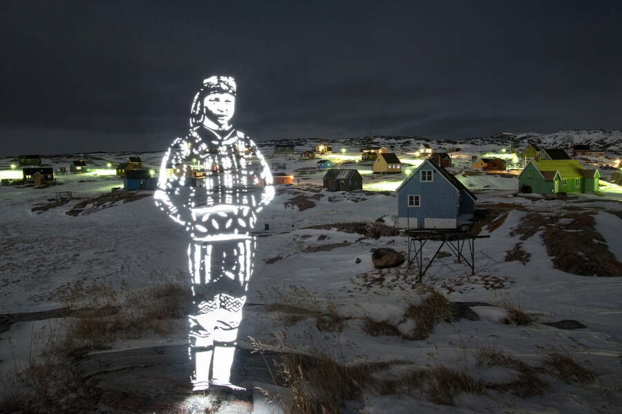 El trabajo del artista plasma a la tribu de los Inuits
