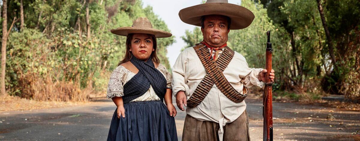 Pieter Hugo retrata a México en la serie «La cucaracha»