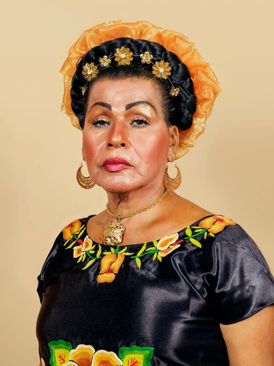 "Pieter Hugo retrata a México en la serie ""La cucaracha"""