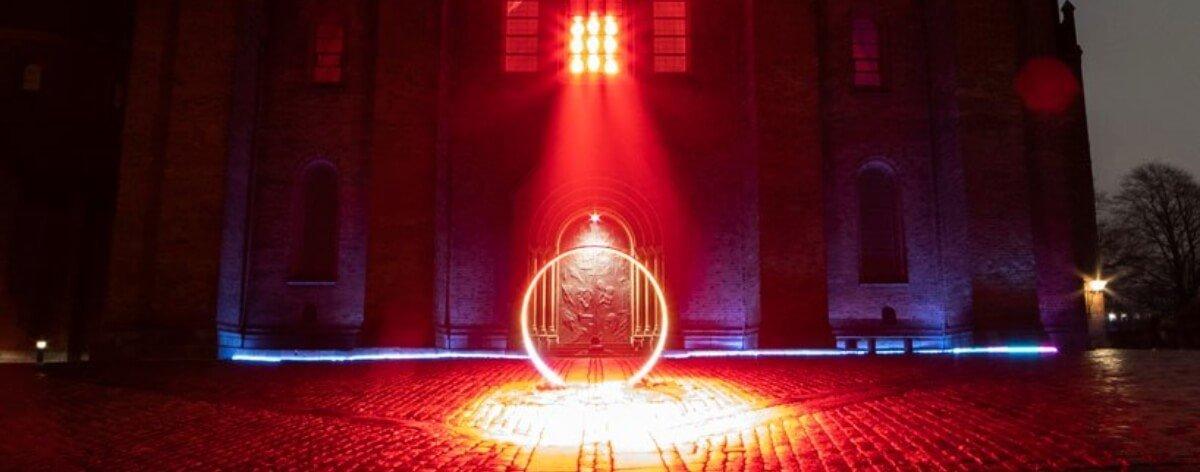 Lux Nova, instalación de luz en la catedral de Dinamarca