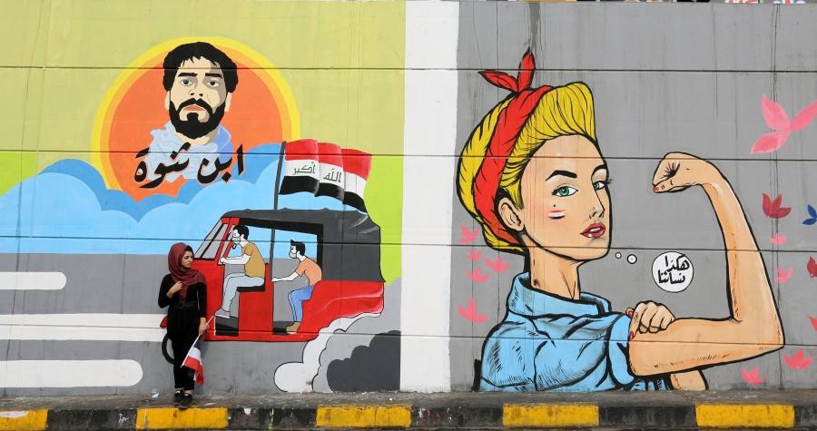 Murales de protesta en túnel de Bagdad