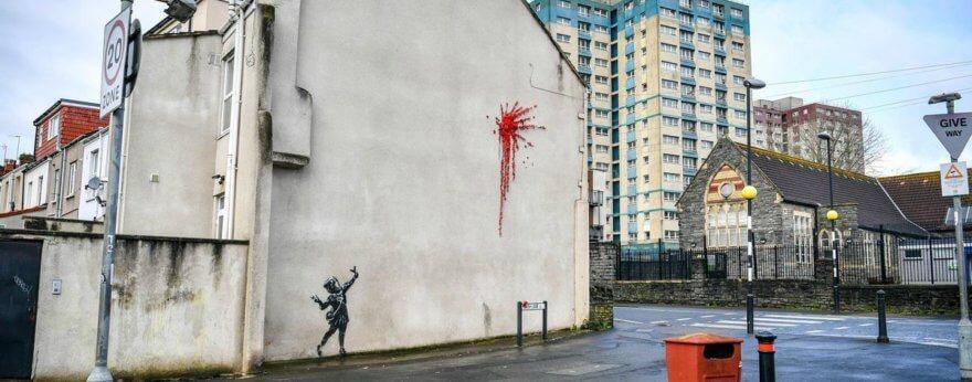 Nuevo graffiti de Banksy para el 14 de febrero