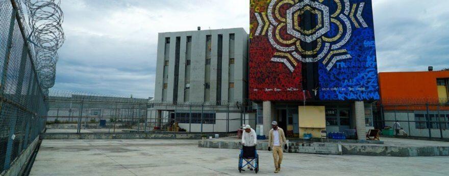 Nuevos murales fueron pintados en cárcel de Michoacán