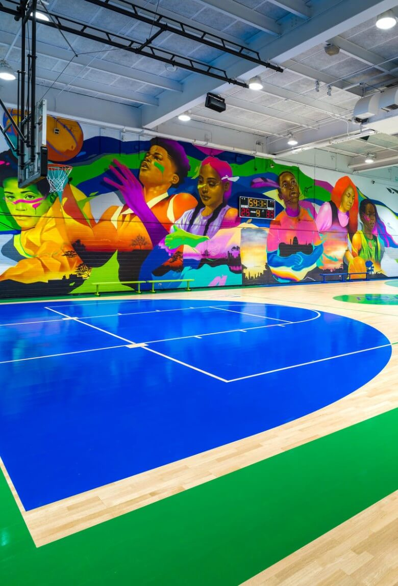 Virgil Abloh y Nike intervienen aulas en Chicago