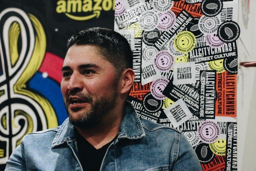 Arturo Damasco en entrevista desde Sneakertopia