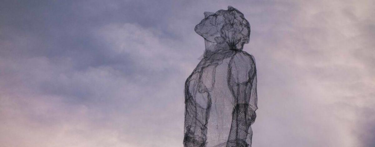 Edoardo Tresoldi y su arquitectura de alambre