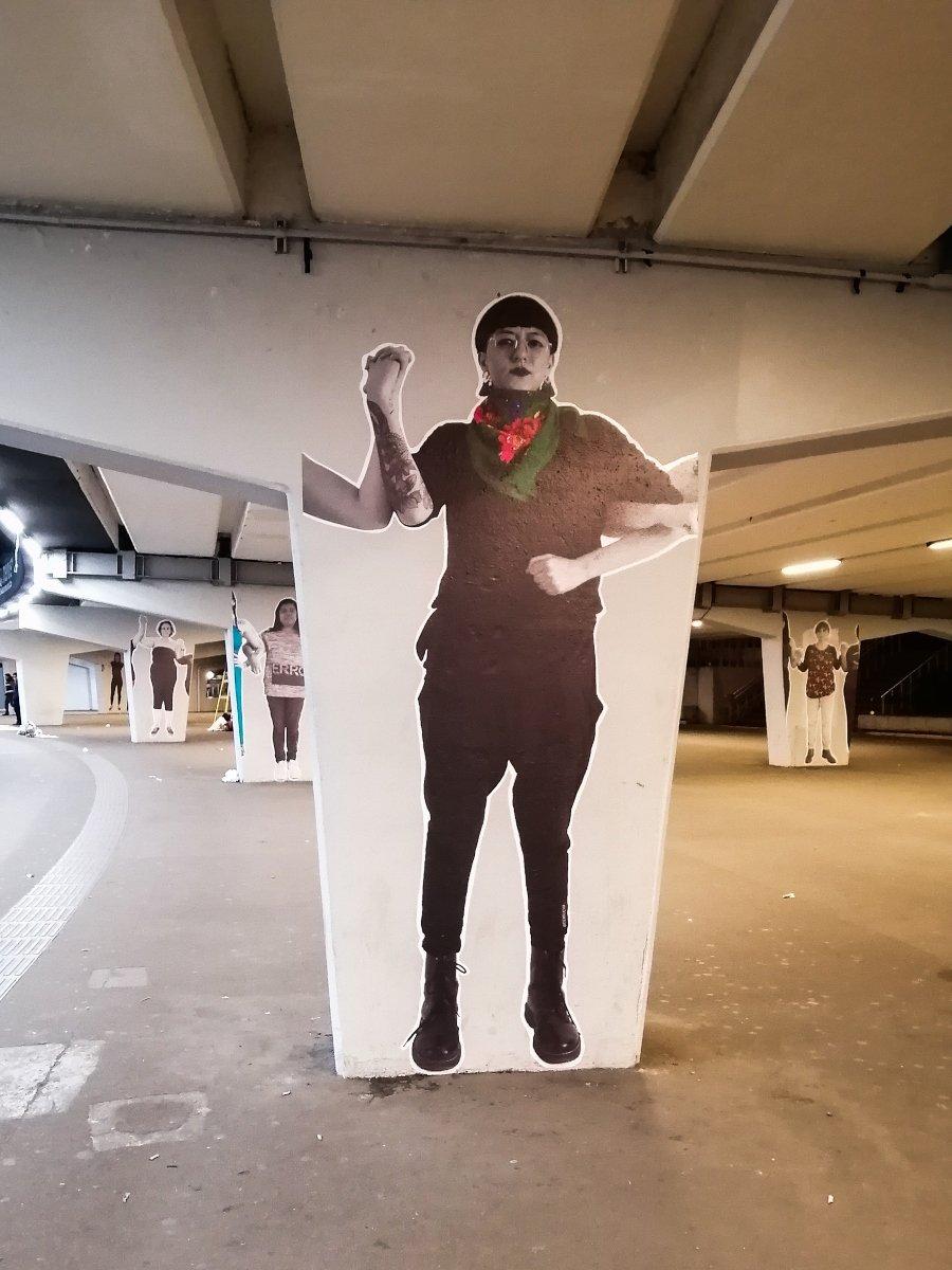 """La artista mexicana presentó su proyecto de arte público """"Trinchera"""""""