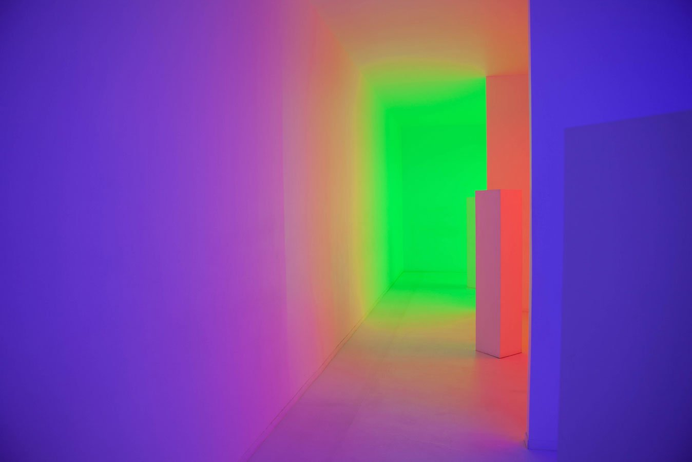 Artwork by Carlos Cruz-Diez at UNAM's MUAC
