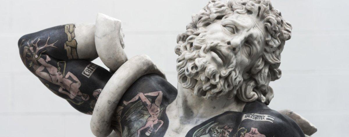 Esculturas clásicas tatuadas por Fabio Viale