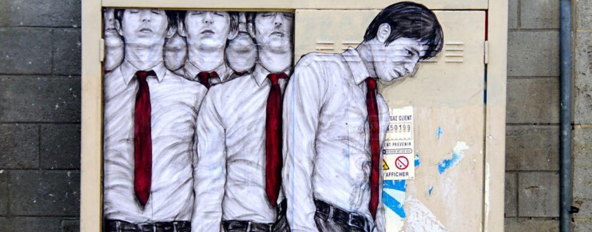 Levalet: street art en París con papel y tinta negra