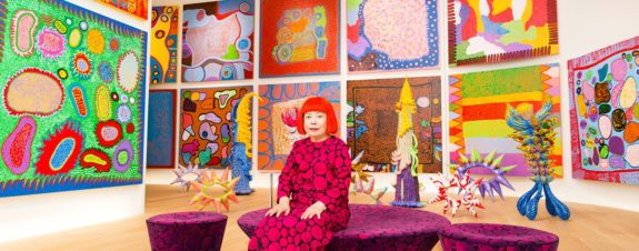 Yayoi Kusama creates a poem in the face of the health emergency