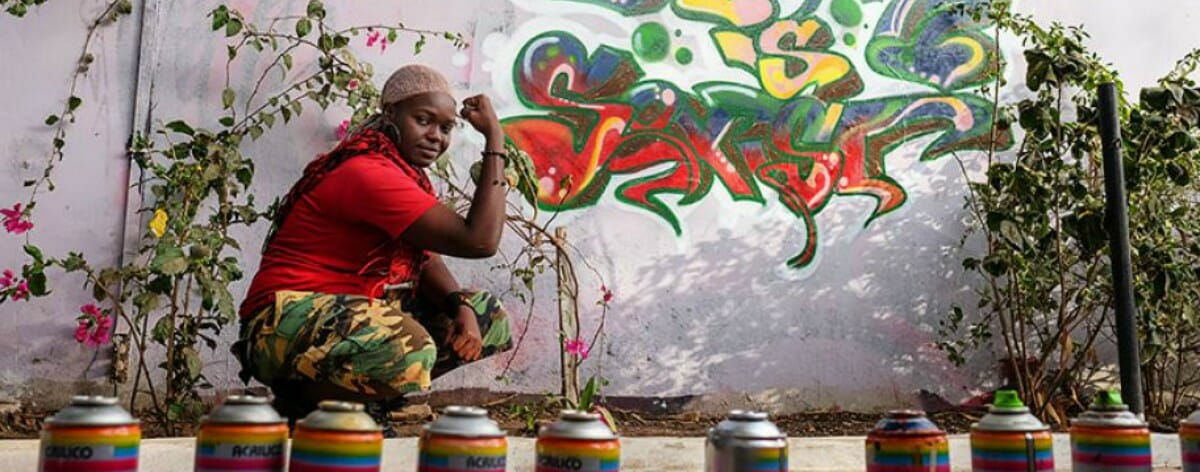 Zeinixx, la primera graffitera de Senegal