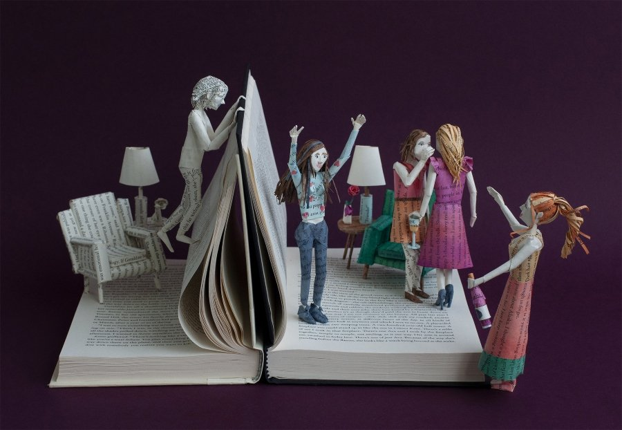 Bethany Bickley nos presenta sus universos de papel