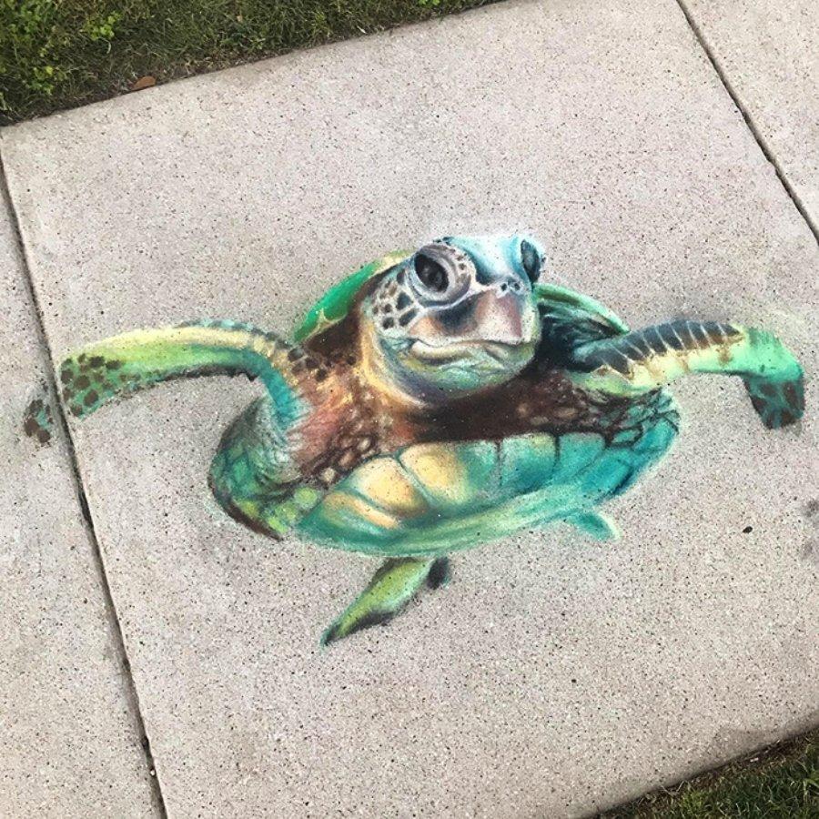 Madre e hija imprimen color a su calle