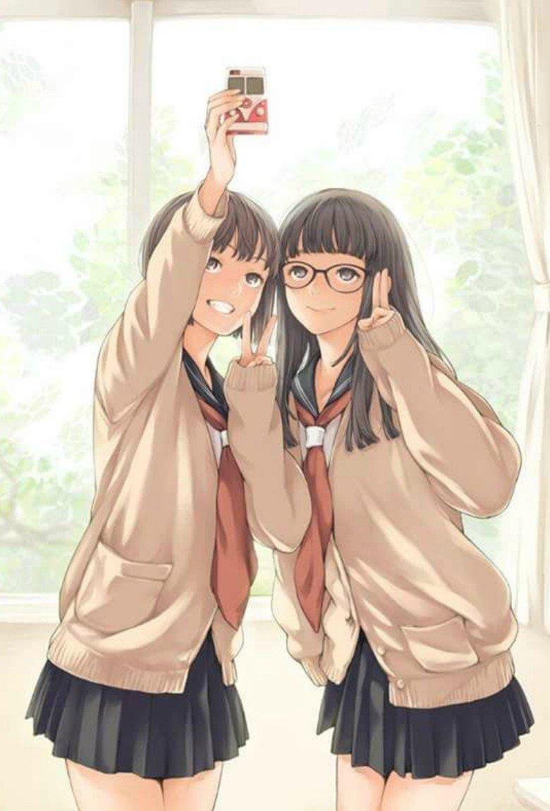 Selfie 2 Waifu turns you into anime