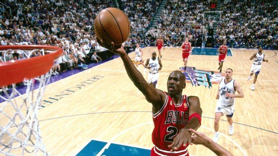 Sneakers de Michael Jordan rompen récord de venta