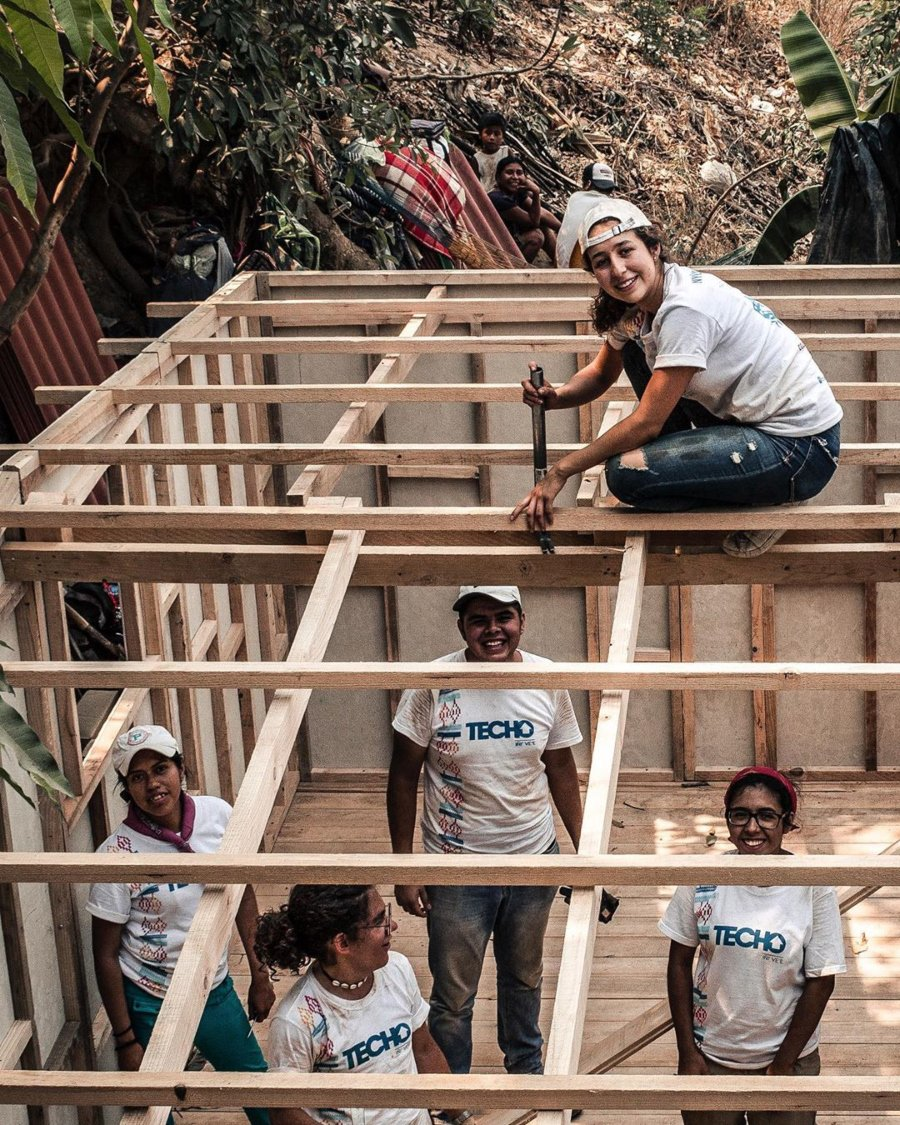 Construcción de hogares por Techo México