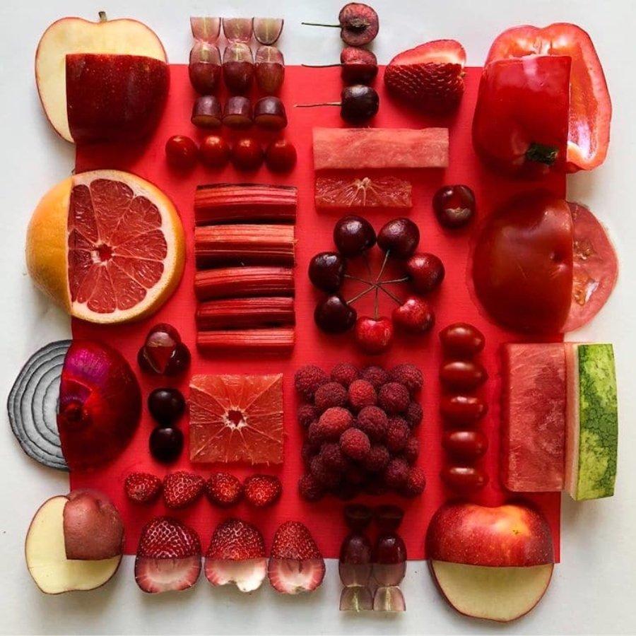 Composición con frutas rojas por Adam Hillman