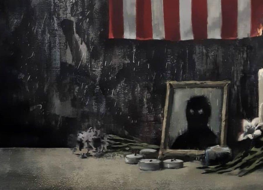 Nuevo mural de Banksy con bandera de E.E.U.U. y retrato de George Floyd